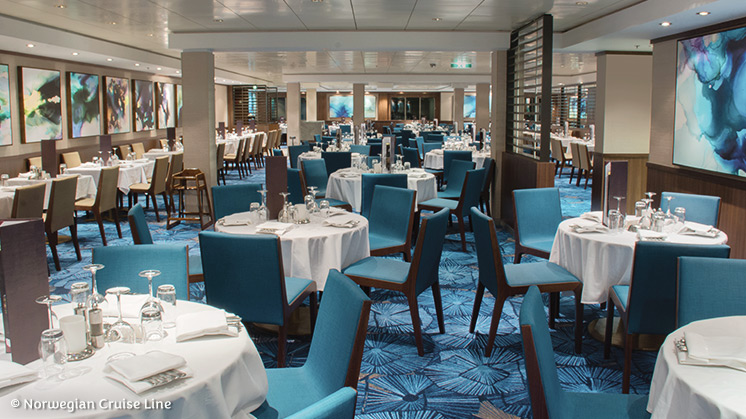 Norwegian Jewel | Restaurant Azura
