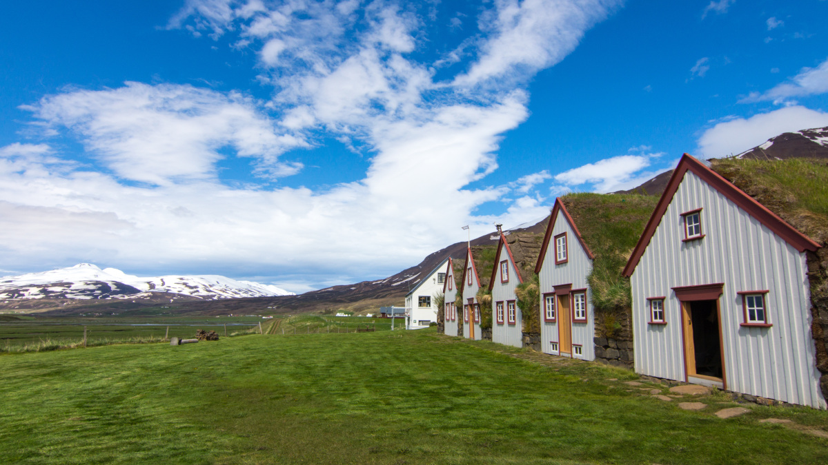 Akureyri | Traditionelle Farmhäuser